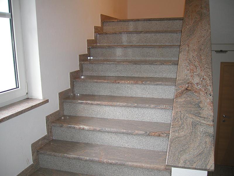 stiegenh user treppen aufg nge aus natursteinen gefertigt. Black Bedroom Furniture Sets. Home Design Ideas